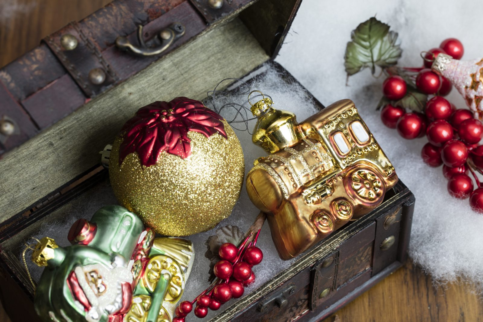Vintage Christmas Ornaments in a Box